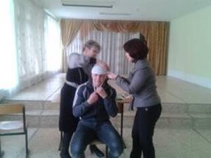 Обучение работников оказанию первой помощи пострадавшим напроизводстве