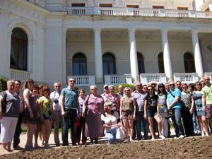 Поездки  по  памятным  местам  Тульской  области,  Крыма, Белоруссии  и  Прибалтики