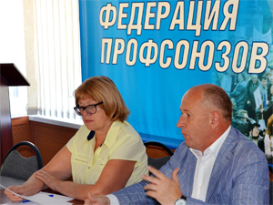 Председатель Тульской Федерации профсоюзов Игорь Каенков»